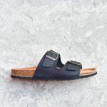 31_AmorShoes-Auntenti-by-Penta-sandalia-bio-dos-tiras-para-hombre-chicos-de-piel-premium-color-negro-negra-3195