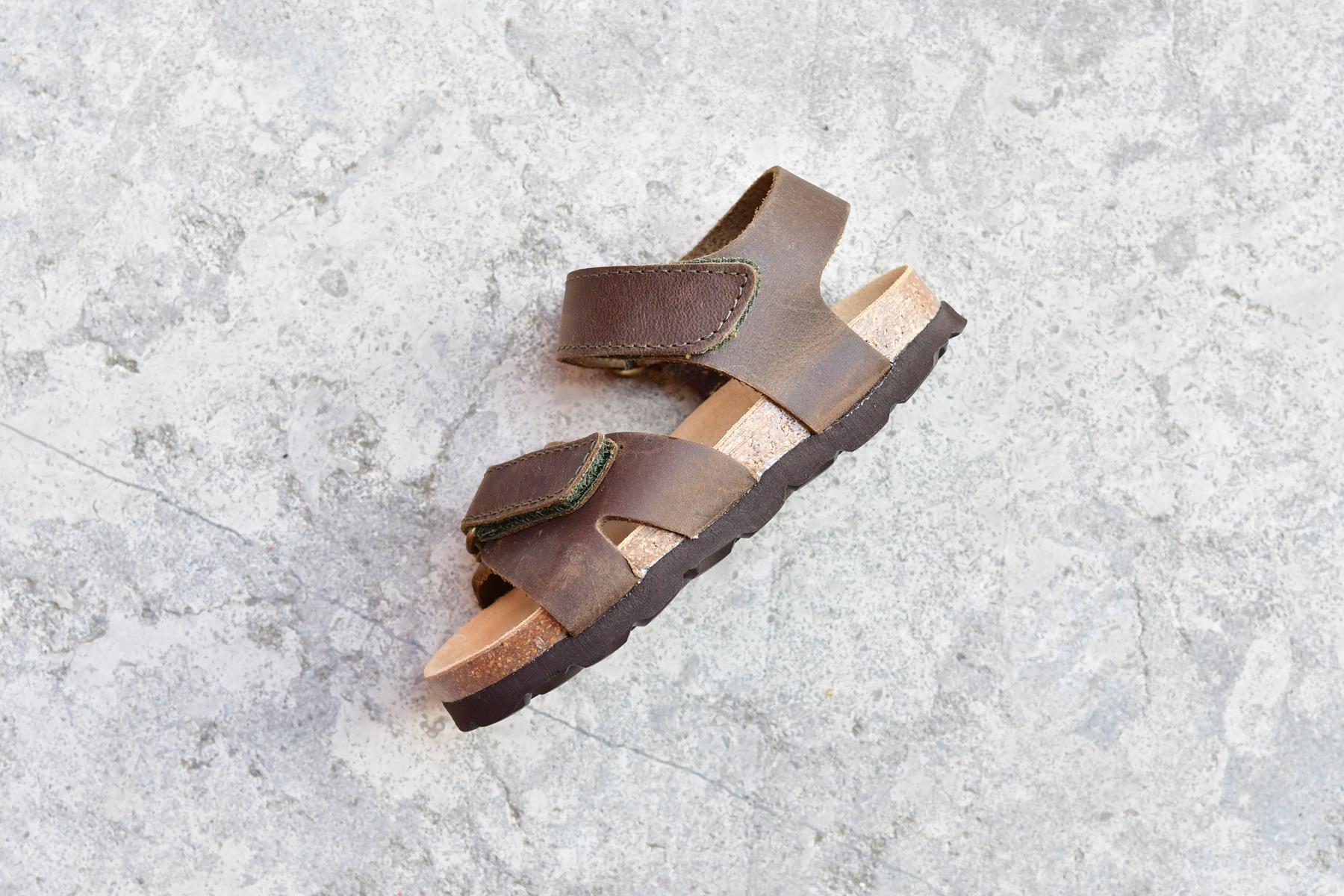 51e1da88da Sandalia Bio Niñ@s Tiras Velcro Piel Premium Kaki | AmorShoes