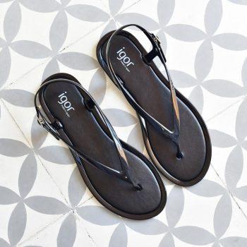 S10208-002_AmorShoes-Igor-Shoes-niza-Cangrejera-sandalia-dedo-goma-mujer-cierre-hebilla-color-azul-negro-black-S10208-002