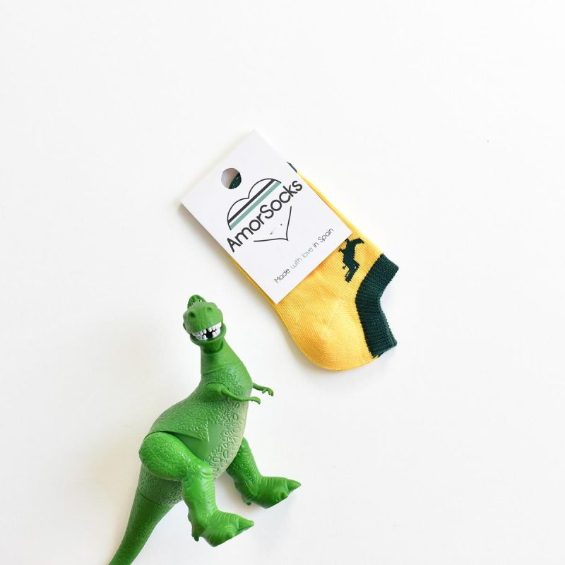 amorsocks-calcetines-socks-tobillero-invisible-dinos-dinosaurios-trex-tiranoraurio-verde-green-fondo-amarillo-niños-niñas-kids