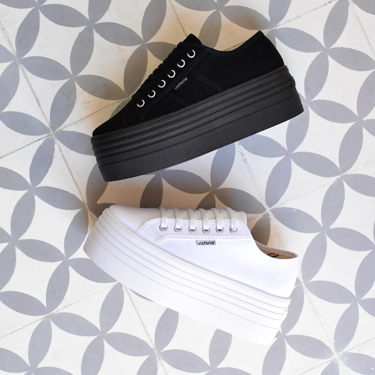 AmorShoes_105101-doble-platadorma-victoria-blucher-barcelona-lona-blanca-105101-HOME